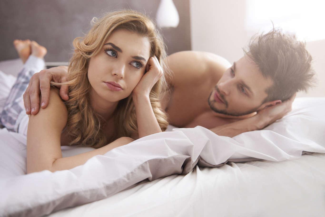 Самый простой секс 2, Порно секс втроем, 2 девушки и 1 парень - Смотреть 23 фотография